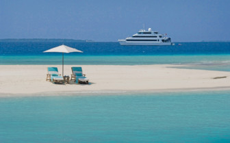 Picture of the Sun Loungers from the Four Seasons Explorer