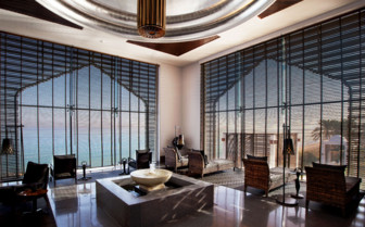 The spa relaxation room at The Chedi hotel