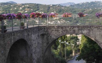 Bridge adorned with flowers in Cilento