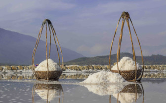 Baskets of salt