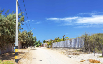 Sandy Road in Mancora