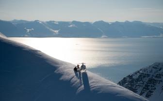 Heli skiing at Deplar Farm