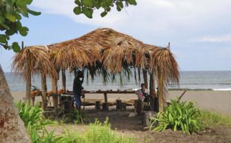 Beach hut in Tortuguero National Park