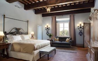 Main suite in Castello di Casole