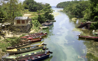 Ochos Rios Jamaica boats