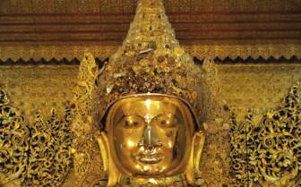 Mahamuni buddha Mandalay