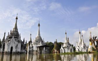 Shwe Indein floating pagoda