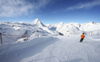 Skiing at Matterhorn