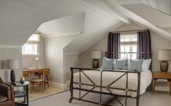 Bedroom at Deplar Farm
