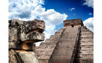 Chichen Itza by day