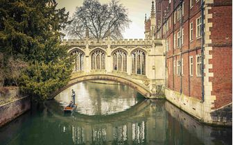 An image of the Bridge of Sigh, Cambridge