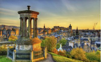 A picture of Dugald Stewart Monument, Edinburgh