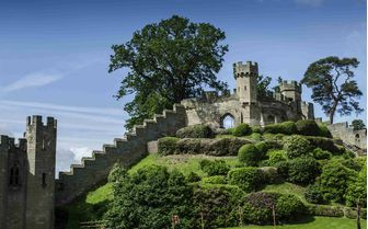 An image of Warwick Castle