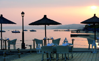 Waterfront Dining on Eagles Palace Deck