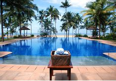 pool at Neeleshwar Hermitage, luxury hotel in India