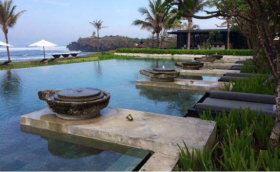 main swimming pool at soori bali