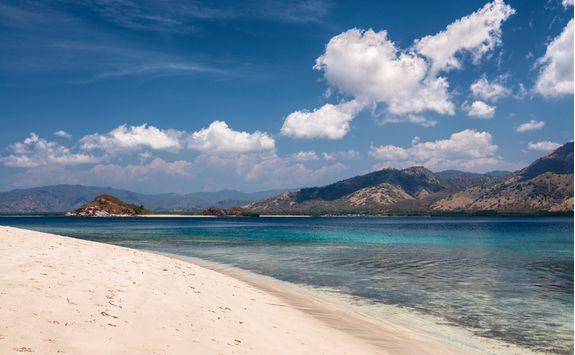 A sandy beach in Komodo