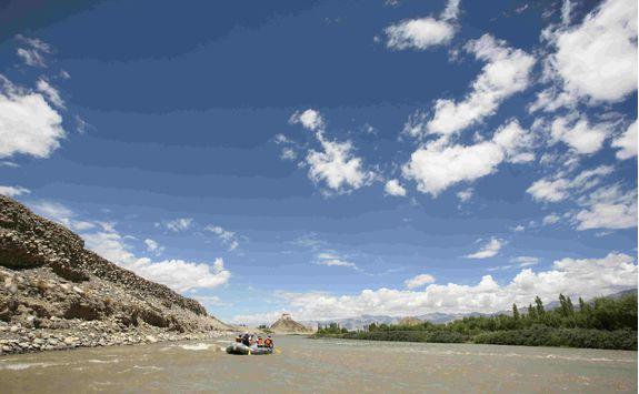 Indus river, rafting
