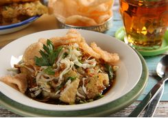 Mie goreng, Indonesia