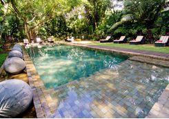the wallawwa gardens pool