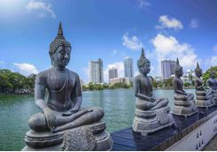 buddah statues on riverbank