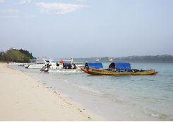 Boats on the shore of Jalakara