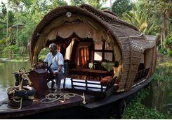 kerala backwaters boat