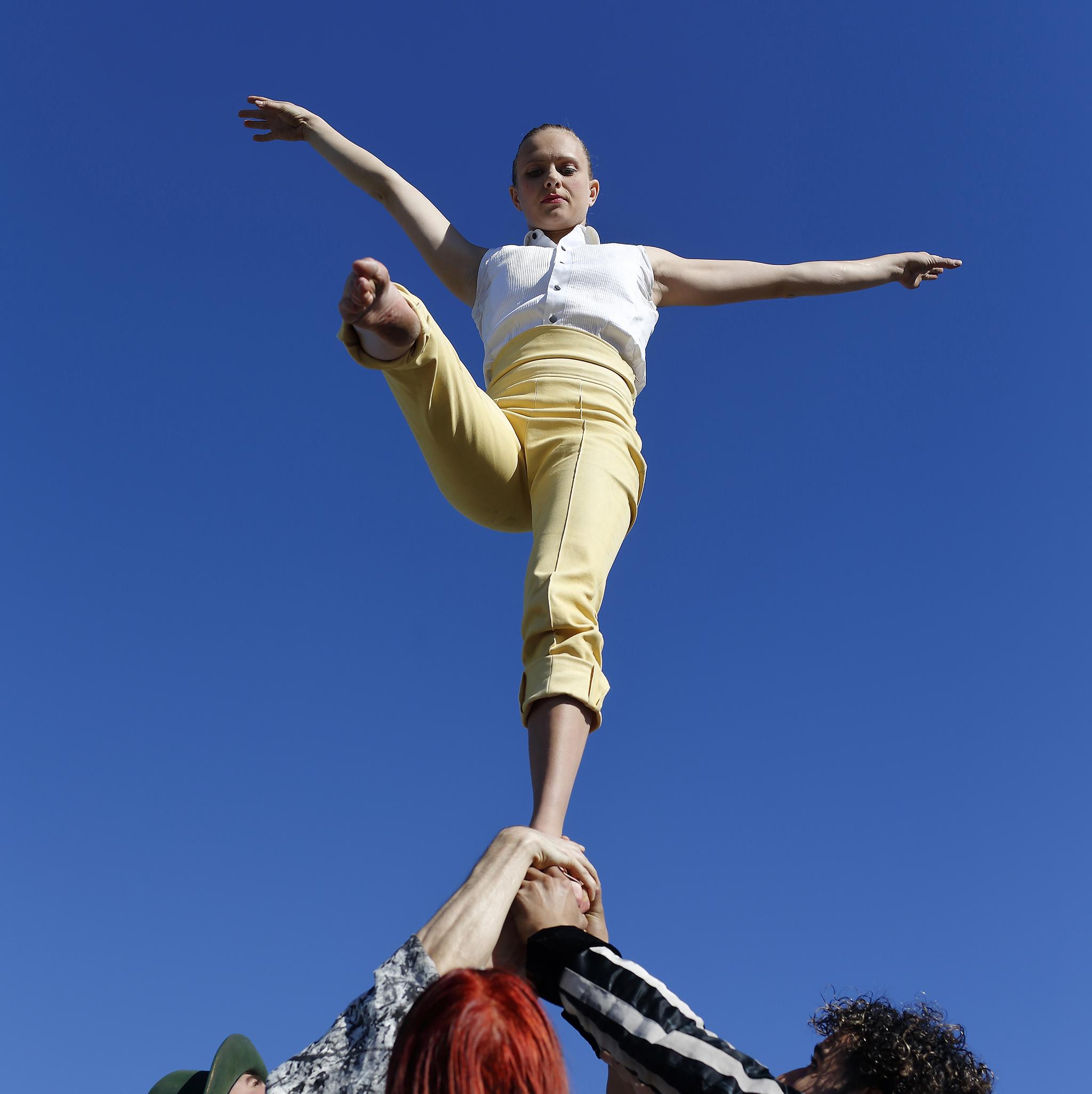 Cirkusartisten Sunniva Løvland Byvard. Foto: Josefine Loftenius