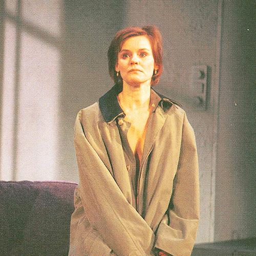 Stina von Sydow i Hämndaria (2003). Foto: Östgötateatern