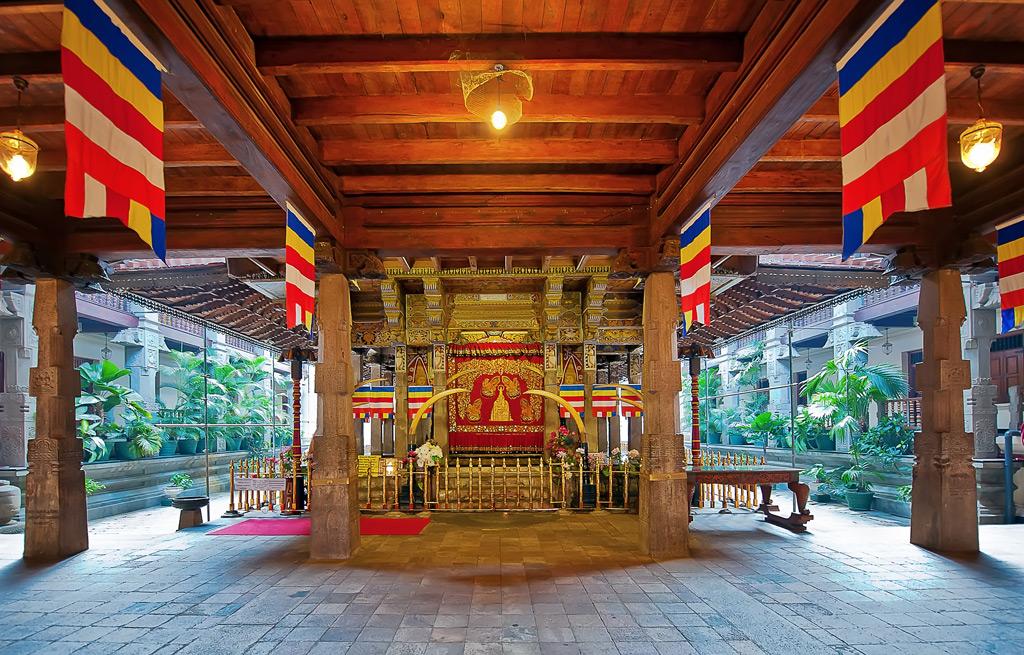 Фото: Храм Далада Малигава в Канди