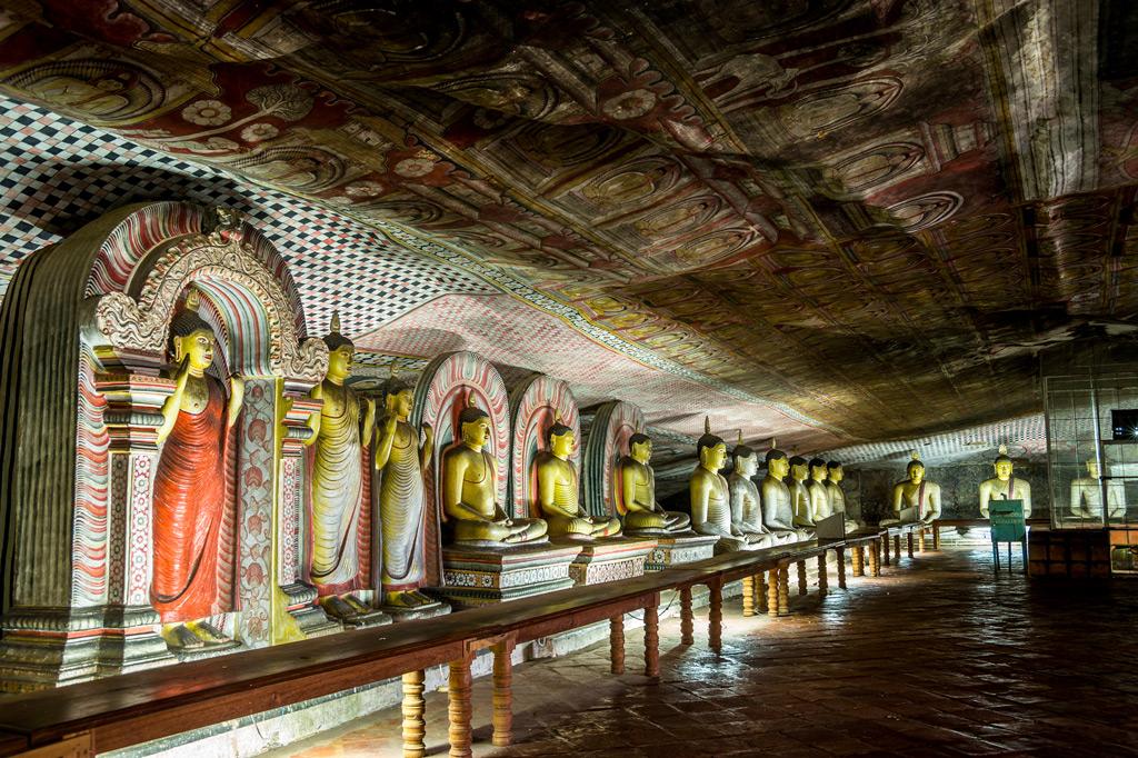 Фото: Пещерный храм Дамбулла