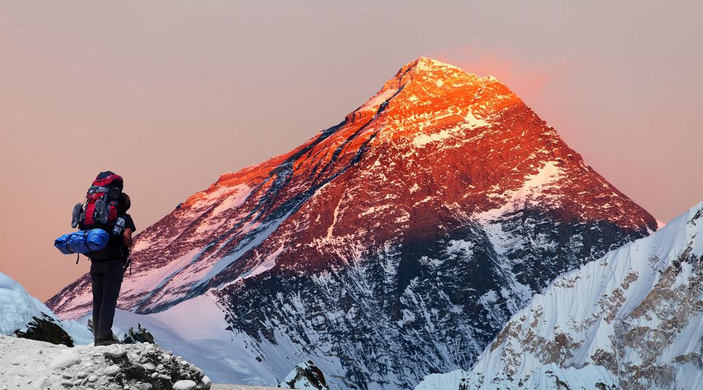Фото: Вид на гору Эверест
