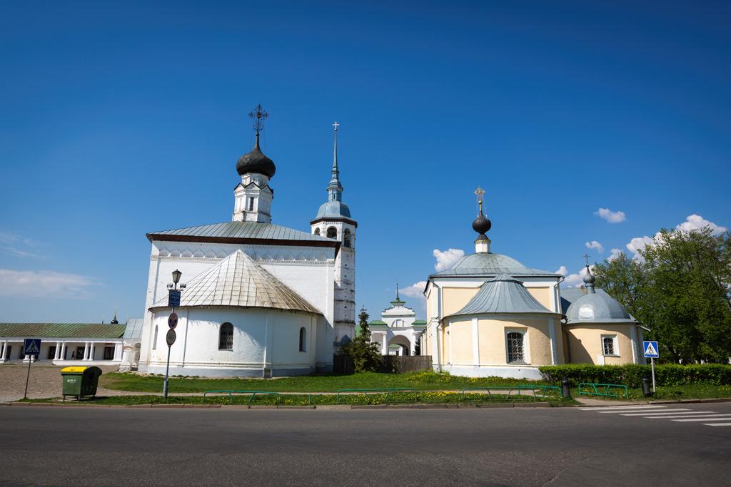 Фото: Воскресенская и Казанская церкв