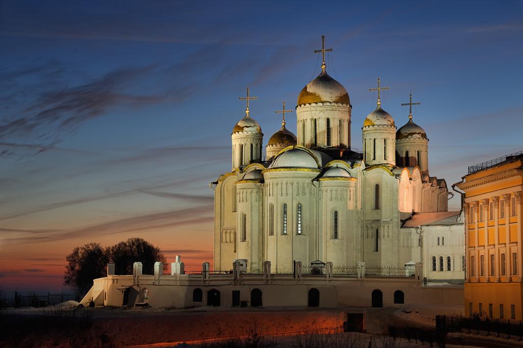 Фото: Зимний закат во Владимире