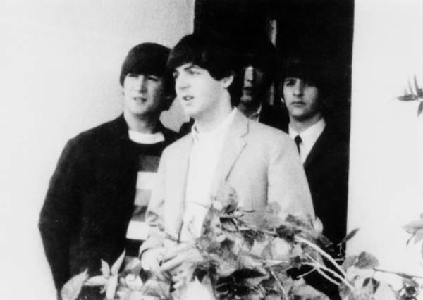 המוזיקה של שנות השישים: התהוות המהפיכה by Sixties Course, Mel Rosenberg - Ourboox.com
