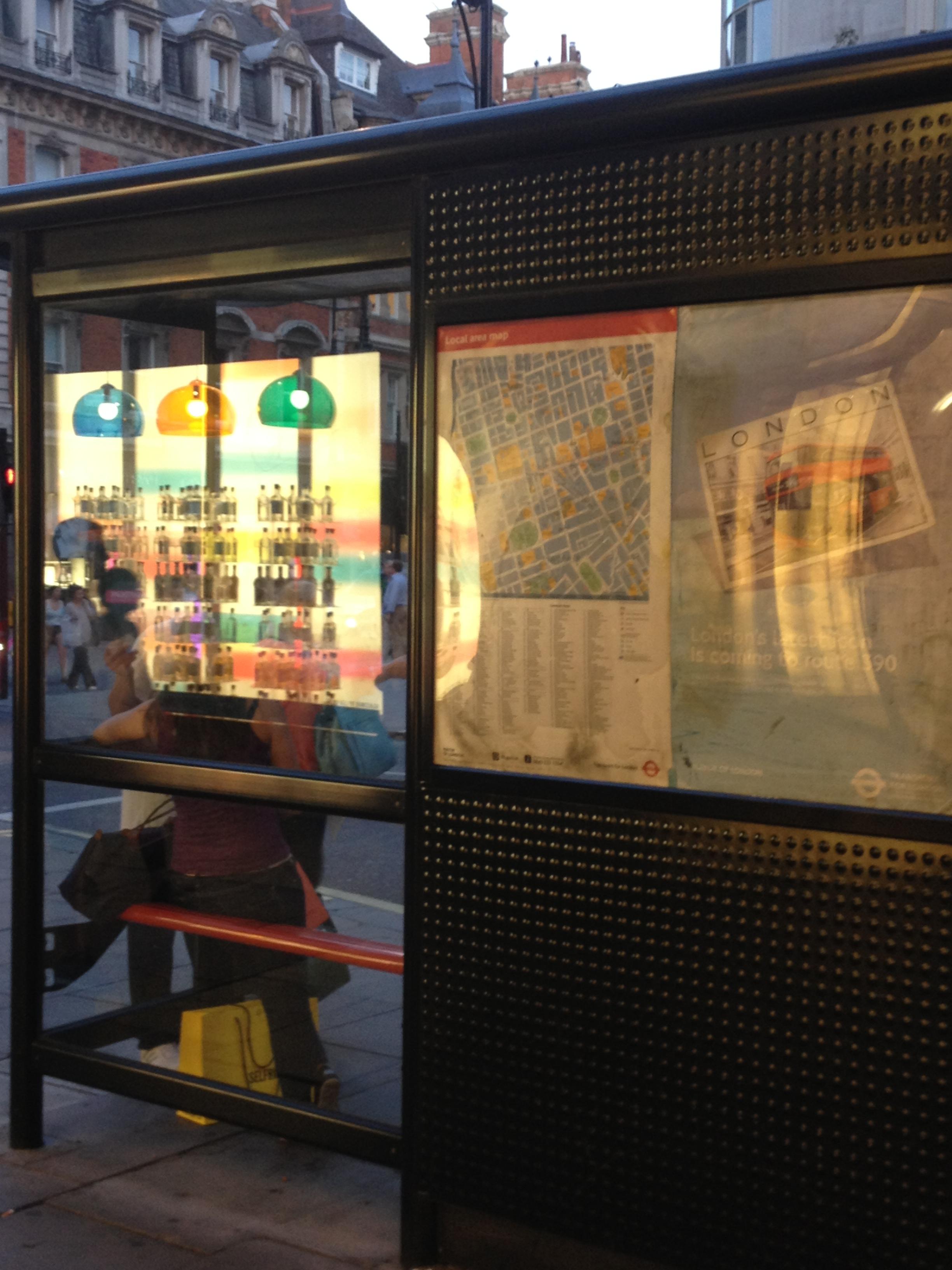 לונדון שלי by Shuli Sapir-Nevo Photo and Motto - Illustrated by שולמית ספיר-נבו - Ourboox.com