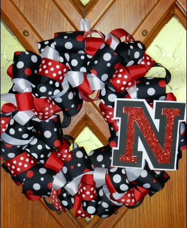 I Love the Huskers! by Jacki Norris - Illustrated by Jacki  - Ourboox.com