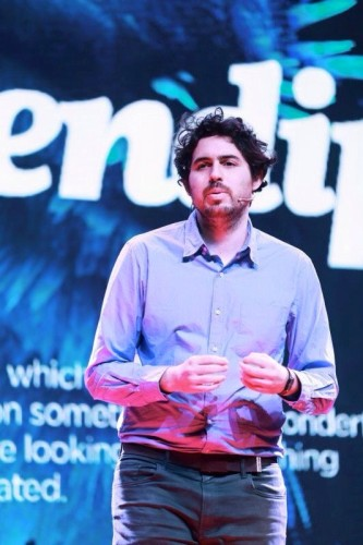 How to start a revolution from your bed by Roi Shternin - Ourboox.com
