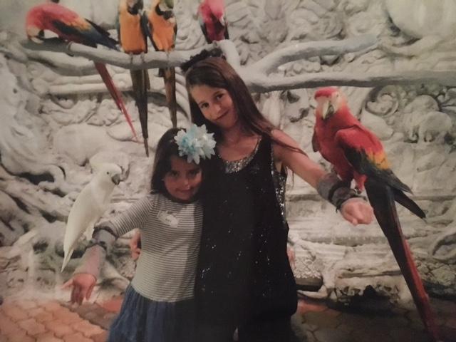 אני ואחותי הילי גרינפלד