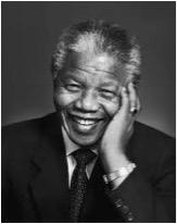 Libera a Sur Africa de la segregación racial y se convierte en presidente.
