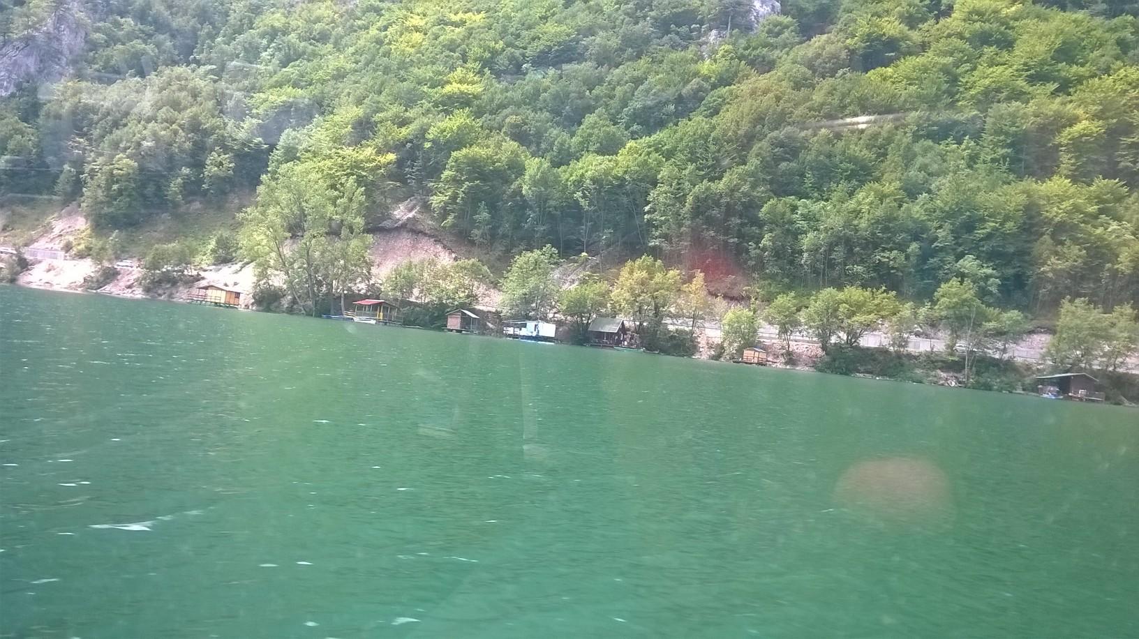 живот на језеру