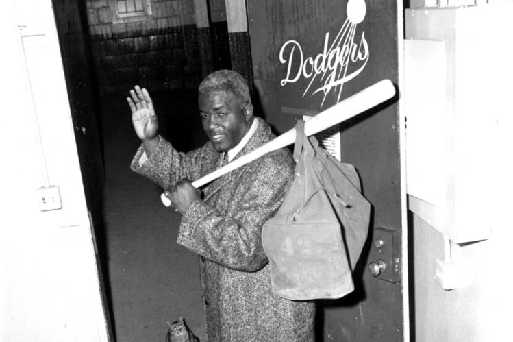 Jackie Robinson by moriazucker - Illustrated by Moria Zucker and Dafna Berger - Ourboox.com