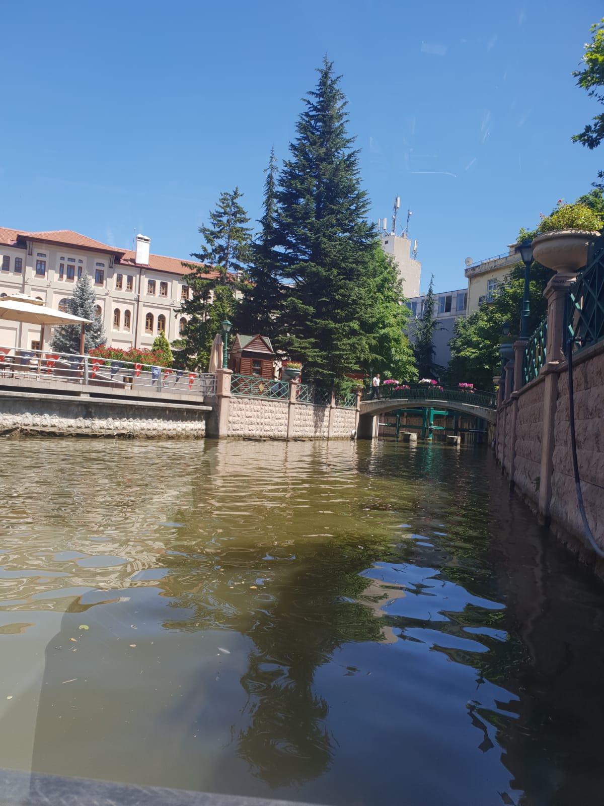 Eskişehir gezisi by Aslı Ersoy - Ourboox.com