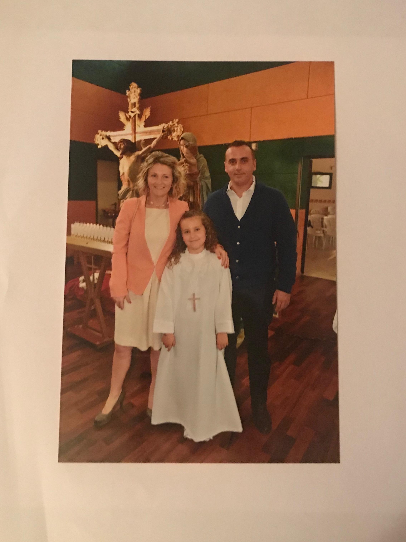 präesentation über meine Familie und meine Freunde by Martina - Illustrated by Martina - Ourboox.com