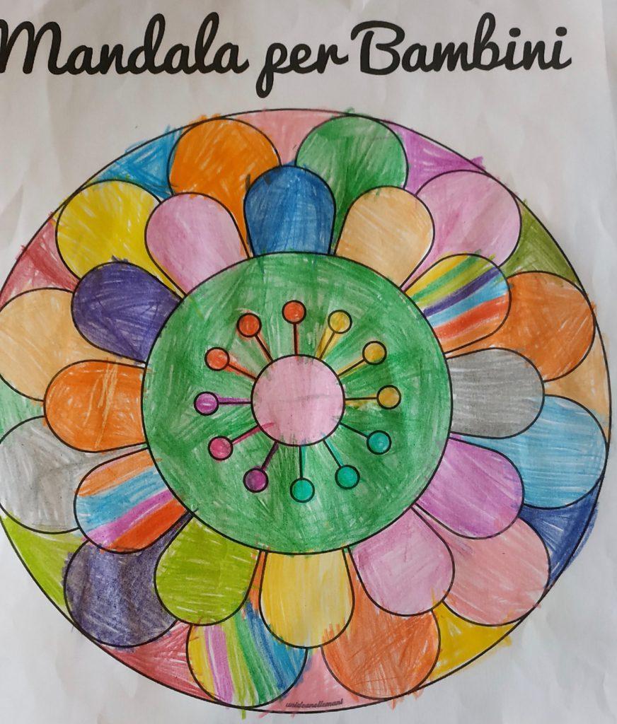 LE NOSTRE CREAZIONI! by Teresa Paola Aiello - Illustrated by I BAMBINI DELLA 1^B - Ourboox.com