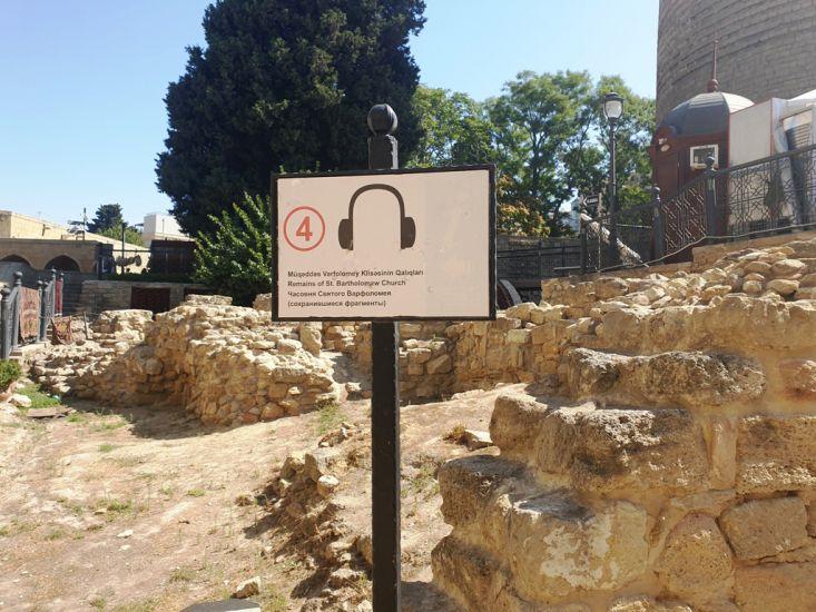 Tarixin yadigarı abideler The monuments of history by Aygun - Illustrated by Tarixin yadigarı abideler The monuments of history - Ourboox.com