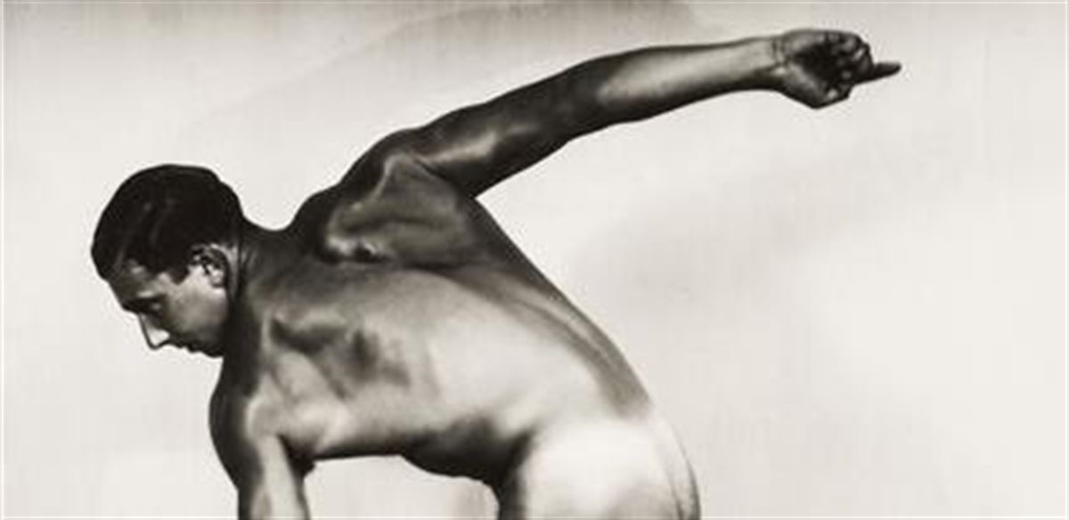 Henry Miller Fine Art: Focusing on the Male Form