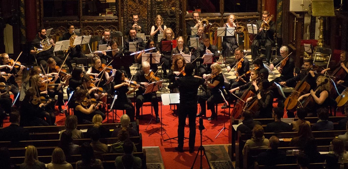 London Euphonia Orchestra & Antonio Oyarzabal play Ravel and Mussorgsky tickets