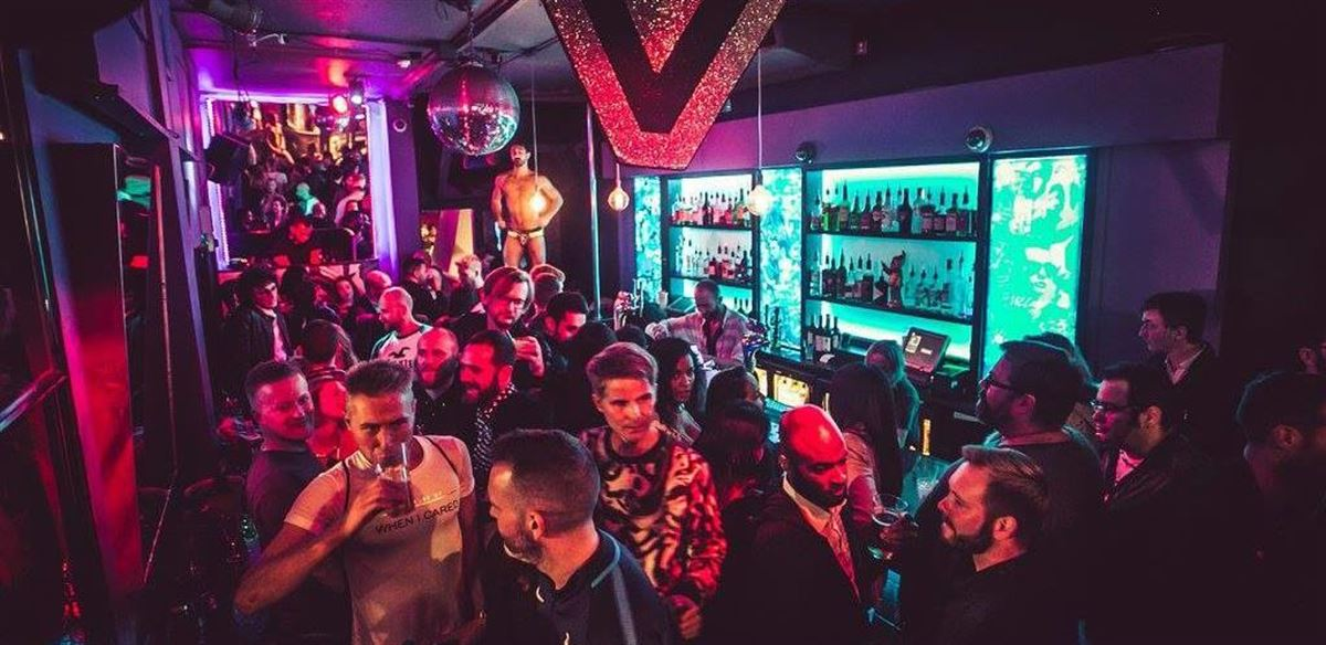 December Gay Pub Crawl (Soho)