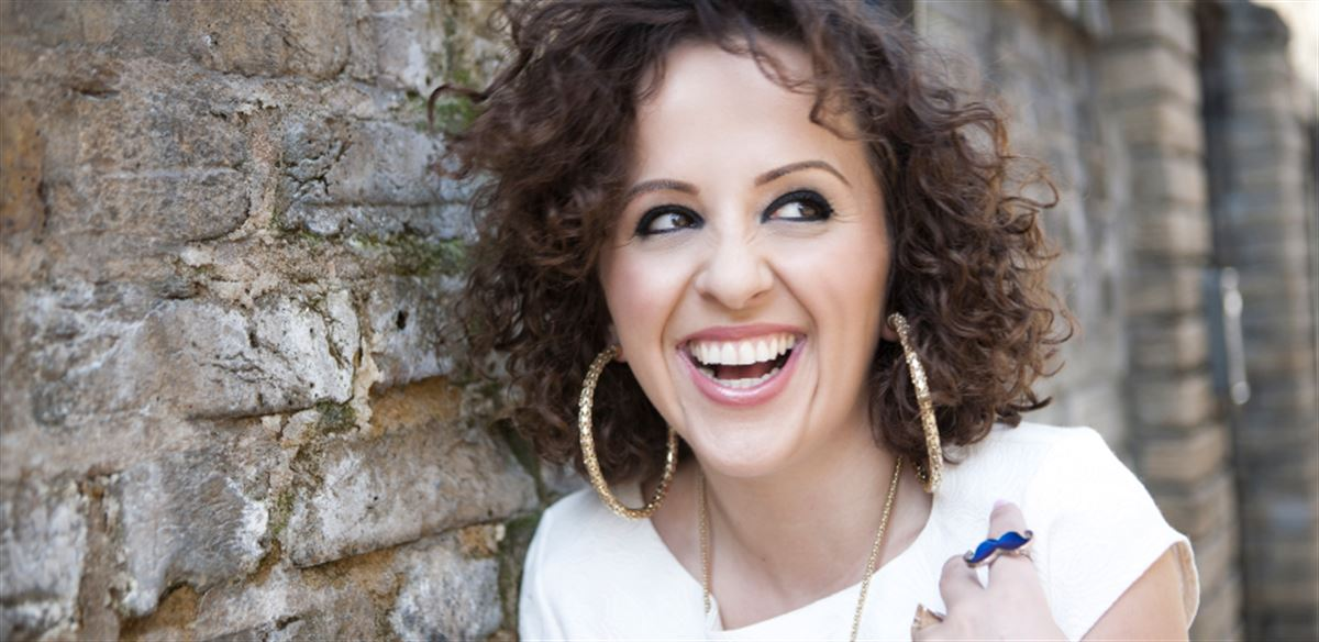 Laugh Train Home Feat. Luisa Omielan